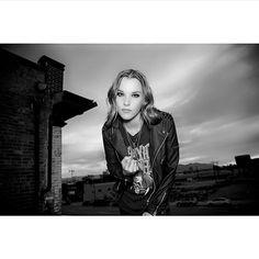Lzzy Hale of Halestorm Rock Music, My Music, Josh Smith, Lzzy Hale, Women Of Rock, Halestorm, Concert Photography, Hyde, Hard Rock