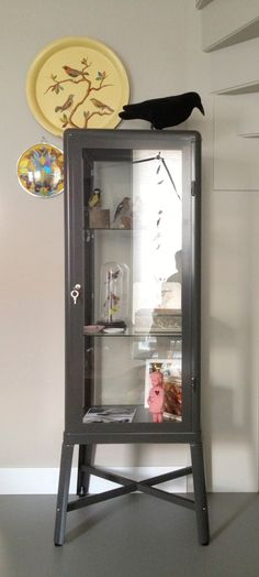 Fabrikör vitrinekast bij fleur en stijn