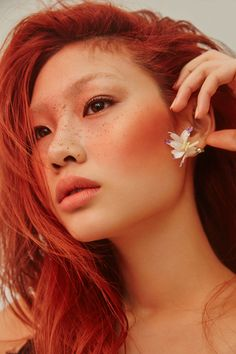 Jung Ho Yeon for Singles Korea by Shin Seon Hye < freckles + red hair Foto Portrait, Portrait Photography, Pretty People, Beautiful People, Beautiful Redhead, Mode Poster, Ombre Lips, Aesthetic People, Pretty Face
