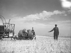 Community Post: Heartbreaking Photos Of The Dust Bowl John Frederick of Grant County, North Dakota, shows how high his wheat would grow if there were no drought. July, Photo By: Arthur Rothstein Rare Photos, Vintage Photographs, Vintage Photos, Old Pictures, Old Photos, Dust Storm, Dust Bowl, Old Farm Equipment, Great Depression