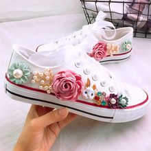 Diy Wedding Shoes, Wedding Sneakers, Cute Womens Shoes, Cute Baby Shoes, Converse Floral, Floral Homecoming Dresses, Flower Shoes, Decorated Shoes, Shoes Heels Wedges