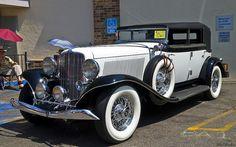 1934 Auburn 12 Four Door Convertible Sedan - black over white - fvl Auto Retro, Retro Cars, Classy Cars, Sexy Cars, Old Classic Cars, Classic Trucks, Bmw Autos, Futuristic Cars, Unique Cars