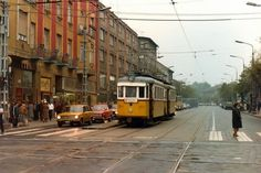 Streetcar, Budapest 1986. Old Pictures, Old Photos, Underground Bunker, Budapest, Light Rail, Commercial Vehicle, Historical Photos, Hungary, Street View