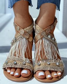 **SUMMER SALE REDUCE TO CLEAR** Misslaylah Gladiator Style Gold Studded Sandals