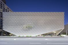 23 Exemplos de museus impressionantes no mundo,The Broad Museum / Diller Scofidio + Renfro. Imagem © Iwan Baan