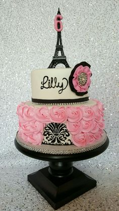 Pretty And Feminine This Eiffel Tower Cake Is Perfect For A - Birthday cake paris