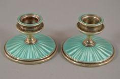 x2e14- Paar Kerzenleuchter, Silber teils emailliert um 1900/20 England