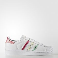 Legends aren't made overnight. A sneaker veteran, the adidas Superstar shoe has been kicking it for over four decades. These women's shoes add a colorful twist with a vibrant butterfly print on the 3-Stripes and heel patch. They're made of leather with a rubber shell toe and cupsole.