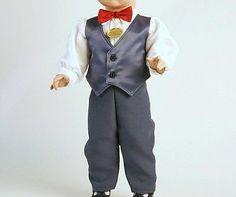 Schildkroet-Puppenkleidung-Anzug-mit-Hose-und-Weste-blau-fuer-25-cm-Puppen