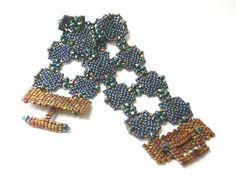 Arabesque beadweaving bracelet