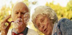Com o envelhecimento, podem surgir alguns problemas. Por isso separei 5 dicas para envelhecer com qualidade de vida. Venham ver!