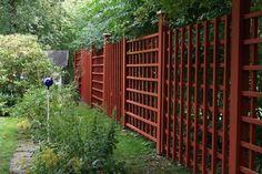 Pergola With Roof Plans Backyard Gazebo, Diy Pergola, Pergola Kits, Garden Trellis, Garden Gates, Japanese Plants, Red Houses, Fence Landscaping, Walled Garden