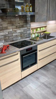 Fitted kitchen at Küchen Partner Essen - Kitchen Decor Kitchen Room Design, Kitchen Sets, Modern Kitchen Design, Kitchen Colors, Home Decor Kitchen, Interior Design Kitchen, Modern Outdoor Kitchen, Modern Kitchen Interiors, Küchen Design