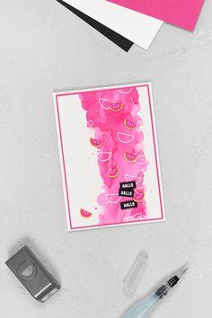 Eine Grußkarte im Aquarell-Look in Wassermelone, welche mit dem Stempelset Gute-Laune-Korb und der passenden Stanze Melone (Stanzenpaket Freche Früchtchen) von Stampin' Up! gebastelt wurde.
