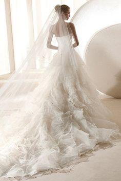 Beaded Organza Sweetheart Wedding Dress