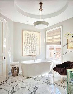Discover Your Home Decor Personality: Classic Glam Room Inspirations Diy Bathroom Decor, Bathroom Interior Design, Bathroom Ideas, Bathroom Designs, Bathroom Inspiration, Modern Bathroom, Master Bathroom, Narrow Bathroom, Bathroom Goals