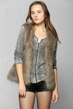 Staring At Stars All Faux You Vest #urbanoutfitters