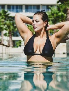 Ashley Graham celebrating her birthday in Cancun is a gift to everyone - Hollywood Gossip | MovieHotties.com