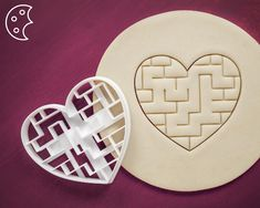 Love labyrinth cookie cutter Dishwasher safe love cookies | Etsy Snowman Cookies, Star Cookies, Heart Cookie Cutter, Cookie Cutters, Wedding Cookies, Sugar Cookies Recipe, 40th Birthday, Cookie Decorating, Fondant