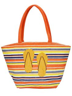 A perfect beach bag for your next vacation. Get it @ www.earthenme.com
