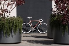 Visit State Bicycle Co. to see The Atlantic bike and see all Fixie & Fixed Gear Bikes. Customize your bike today or find a location near you. A bike like no other.