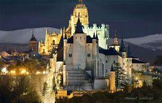 Segovia de noche. Autor de la foto; Zaldivar