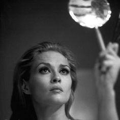 The 60s Bazaar: Faye Dunaway.