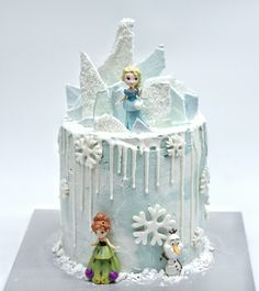 Disney frozen dripping cake. A Cake that needs no stand :)