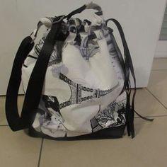 "Sac bandoulière style sac ""seau"" tissus inspiration Maryline Monroe + simili cuir"