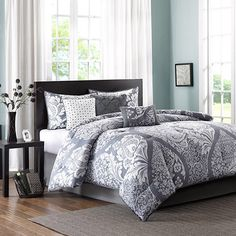 Refresh your master suite or guest room in chic style with this lovely 200 thread count cotton comforter set, showcasing a paisley motif for eye-catching app...
