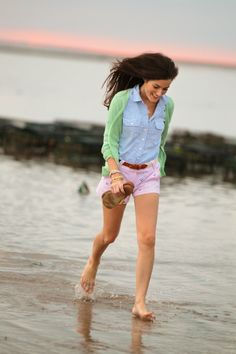 Classy Girls Wear Pearls: August 2012 Adrette Outfits, Preppy Outfits, Spring Outfits, Preppy Fashion, Preppy Wardrobe, Beach Outfits, Classic Fashion, Beach Dresses, Denim Fashion