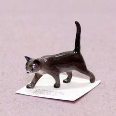 Hagen Renaker porcelain cat figurine