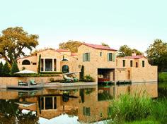Creative Tonic loves this 2011 Southern Living Idea House, Escondido, TX