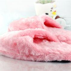 Passez l'hiver au chaud avec ces chaussons chauffants :