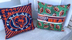 """Chicago cotton quilt 55""""x 62"""" fabric both sides Picnic / travel with 2 pillows Chicago Football, Chicago Bears, Quilted Gifts, Amish Quilts, Quilts For Sale, Custom Quilts, Baby Quilts, Diaper Bag, Wedding Gifts"""