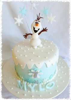 Frozen Olaf cake with snowflake toppers - 2015 Halloween desserts - frozen cakes… Cupcakes Frozen, Frozen Theme Cake, Olaf Cupcakes, Olaf Birthday Cake, Frozen Birthday Party, Sons Birthday, Turtle Birthday, Turtle Party, Birthday Parties