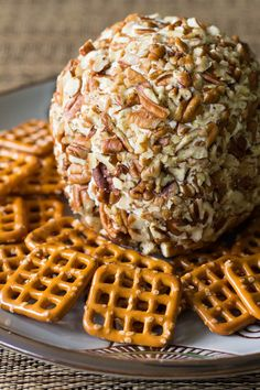(Msg 4 21 ) Whip up this easy cheese ball recipe in minutes, using cream cheese, cheddar, and pecans. Youll also get my handy trick for packing up cheese balls to go! Appetizers For Party, Appetizer Recipes, Christmas Appetizers, Parties Food, Christmas Foods, Holiday Foods, Party Snacks, Cream Cheese Ball, Three Ingredient Recipes
