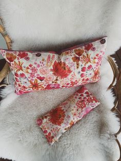 Our heat packs and Lassie cushion will turn on the hygge and definitely help with those winter blues! Mexican Hot Chocolate, Hot Chocolate Recipes, Hygge, Truffles, Food To Make, Core, Blues, Cushion, Etsy Seller