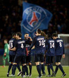 @PSG Les matches se suivent et se ressemblent pour les Parisiens. Quelque soit le scénario et l'adversaire c'est toujours le PSG qui engrange les trois points en Ligue 1. Après un premier acte un peu poussif, les hommes de Laurent Blanc ont fait respecter la hiérarchie entre le triple champion de France en titre et l'une des plus mauvaises lanternes rouges de l'histoire de la Ligue 1, à savoir Troyes ( 5 petits points après 15 matches) #9ine