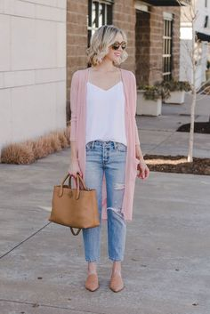 40 Classy Cardigan Outfits for Spring Spring Outfits, Where are my pastel loving girls at? Bows the time to bust out your pastels! This outfit is simple and chic! Spring Outfits Women Casual, Summer Work Outfits, Classy Outfits, Fall Outfits, Chic Outfits, Fashion Outfits, Casual Style For Women, Ladies Outfits, Casual Ootd