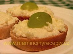 Česnekovo-sýrová pomazánka – Maminčiny recepty Mashed Potatoes, Ethnic Recipes, Food, Whipped Potatoes, Smash Potatoes, Meals