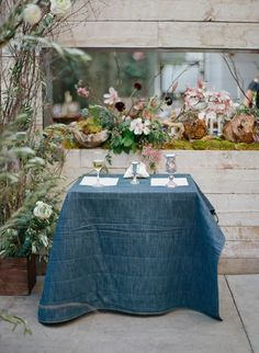 Photography : Elizabeth Messina   Floral Design : The Bosky Dell   Hotel : Hotel Bel Air   Venue : Hinoki and the Bird Read More on SMP: http://www.stylemepretty.com/2016/11/30/a-mid-century-modern-style-la-wedding/