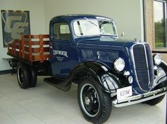 1937 Ford Flat Bed Truck