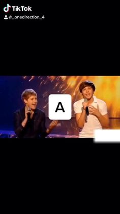 One Direction Fandom, One Direction Edits, One Direction Harry Styles, One Direction Pictures, Direction Quotes, Niall Horan Funny, Foto One, 1d And 5sos, Funny Short Videos