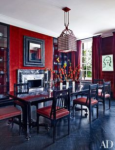 Designer Roubi L'Roubi takes us inside his London penthouse filled with brilliant ideas for decorating in bold colors