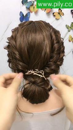 Cute Hairstyles For Medium Hair, Headband Hairstyles, Medium Hair Styles, Braided Hairstyles, Silver Blonde Hair, Front Hair Styles, Wedding Hair And Makeup, Hair Videos, Hair Highlights