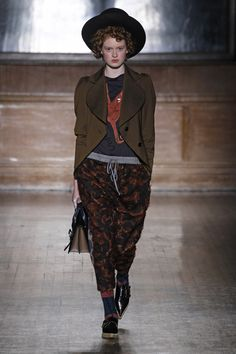 Vivienne Westwood Red Label | Ready-to-Wear - Autumn 2016 | Look 7