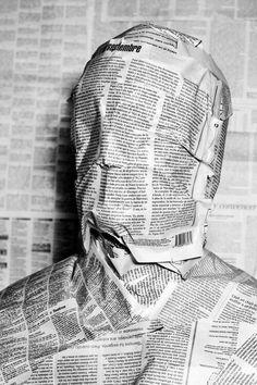 The face of the news. The face of the news. Surrealism Photography, Conceptual Photography, Conceptual Art, Creative Photography, White Photography, Portrait Photography, Kreative Portraits, Instalation Art, Photos
