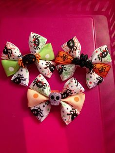 Halloween bows made by Brynlis bows