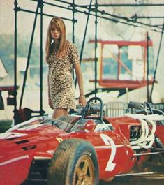 From the movie Grand Prix, she costarred with James Garner and Yves Montand Francoise Hardy, Retro Fashion, Vintage Fashion, Aesthetic Women, Races Fashion, Vintage Racing, Car Girls, Sexy Hot Girls, Hot Cars